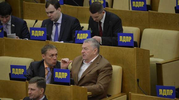 Депутаты беспокоятся из-за роста цен в столовой Госдумы