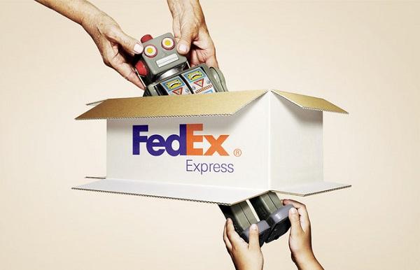 Служба экспресс-доставки FedEx покупает своего конкурента TNT Express