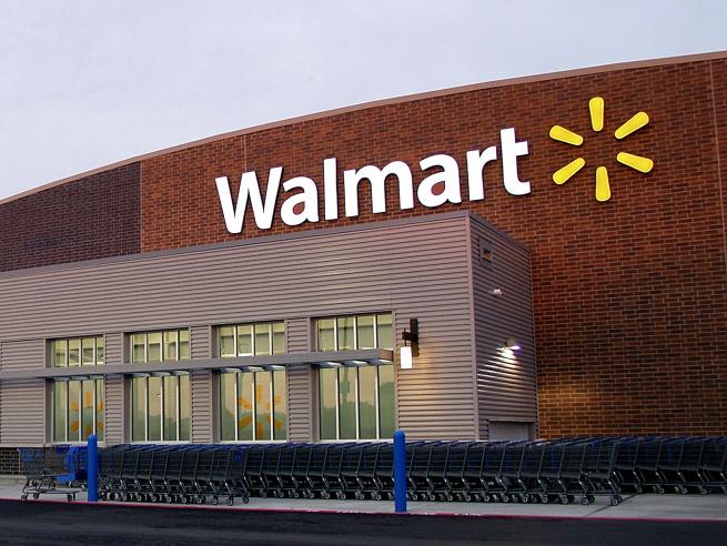 Wal-Mart займётся обувью