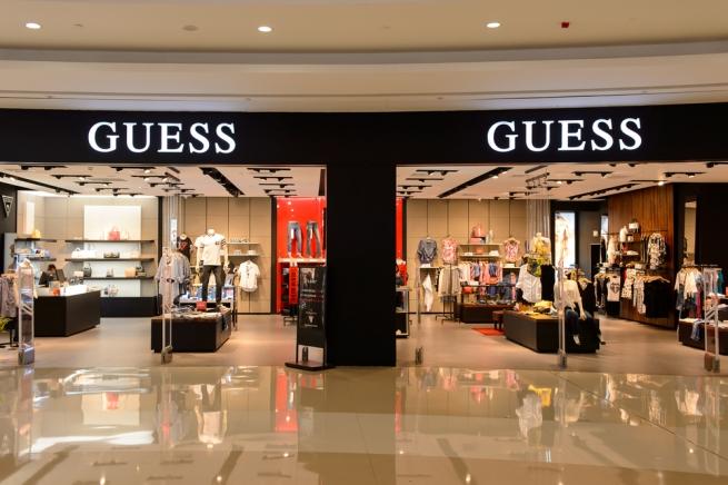 Fashion-дайджест: новый партнер Guess и первая мужская коллекция Stella McCartney