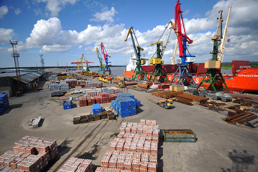 Падение потребительского спроса обрушило рынок контейнерных перевозок