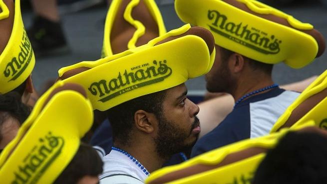 Сеть закусочных Nathan`s Famous в России будет развивать бывший партнер Mango