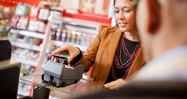 За год объём бесконтактных платежей вырос в шесть раз