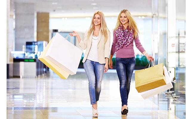 Россияне предпочли шопинг путешествиям на майских праздниках