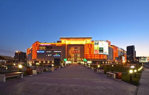 Вторая очередь ТРЦ «Аура» строится в Новосибирске