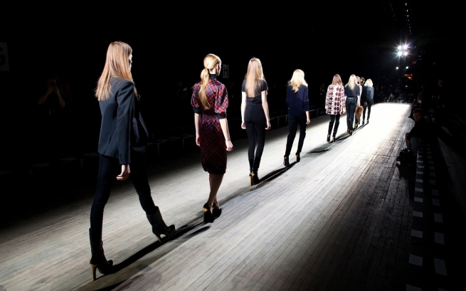 Fashion-дайджест: Lanvin в суде и уход главы Cartier