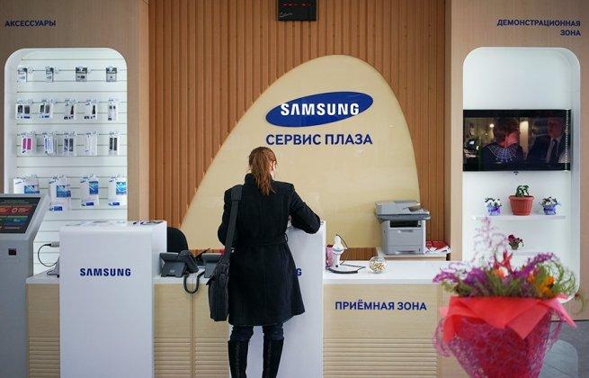 Samsung откроет 100 магазинов в России после бойкота «Связного» и «Евросети»