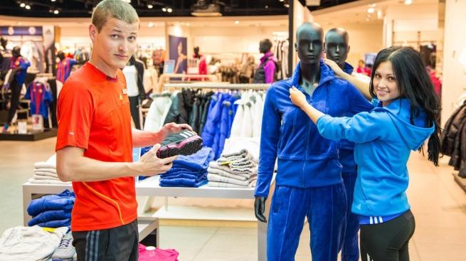 Исследование: как часто продавцы улыбаются покупателям