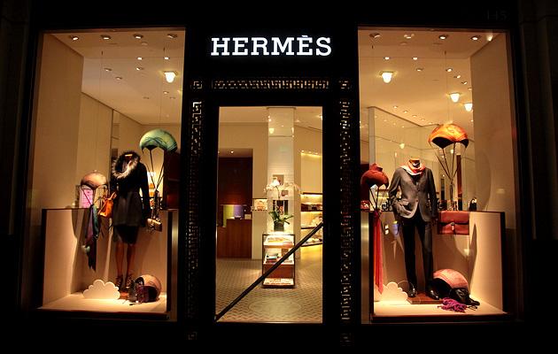 Hermes распродает товары в Китае