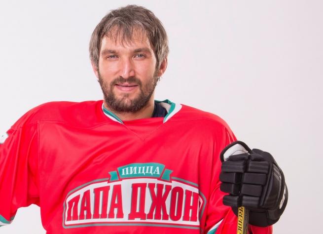 Александр Овечкин станет лицом бренда «Папа Джонс» в России
