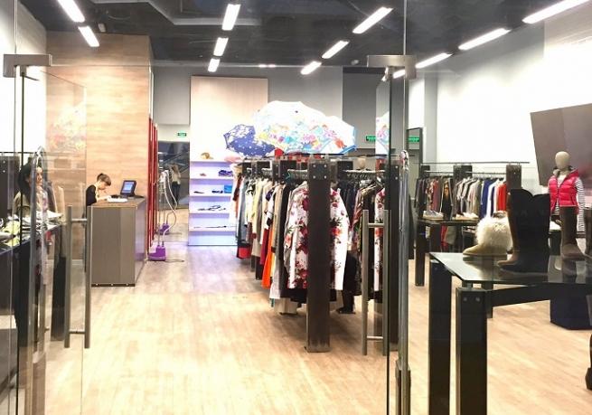 В «АФИМОЛЛ Сити» открылся бутик европейской одежды Defile