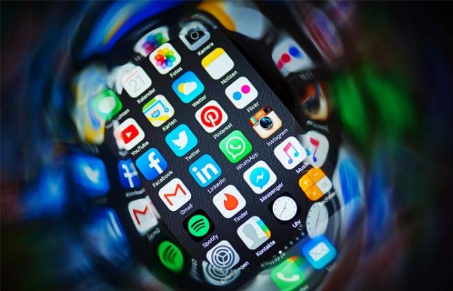 Ритейлеров заподозрили в ценовом сговоре при продаже iPhone