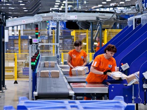«Почта России» получила в три раза меньше жалоб от клиентов в 2013 году