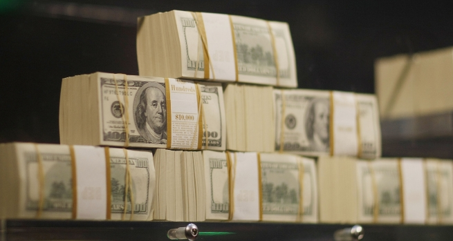 Россия и Белоруссия договорились рассчитываться в долларах за продовольствие