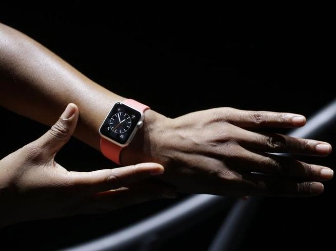 Россия не попала во вторую волну продаж Apple Watch