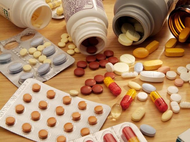 Власти РФ готовы узаконить параллельный импорт лекарств с 2016 года