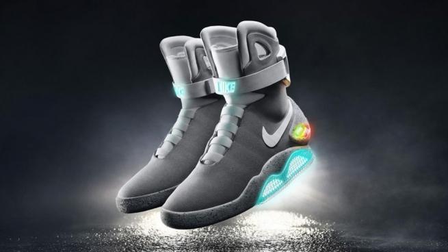 Nike создал самозашнуровывающиеся кроссовки из фильма «Назад в будущее»