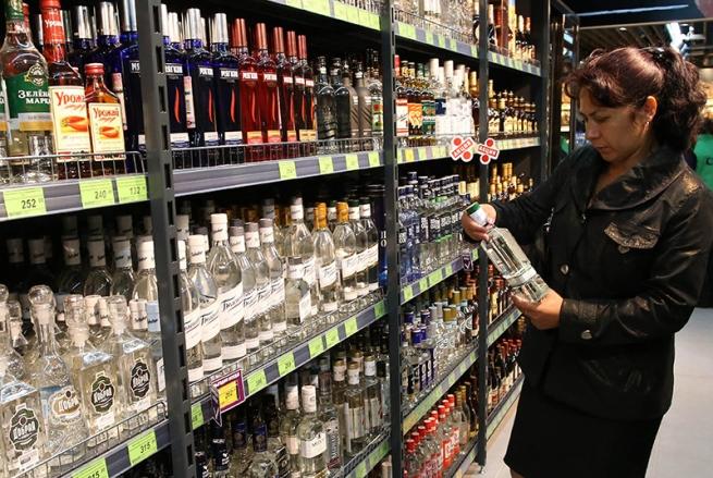 В Госдуме хотят ввести запрет на продажу алкоголя в зонах ЧС