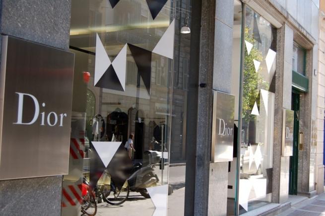 Dior поднимет цены в России на 20%