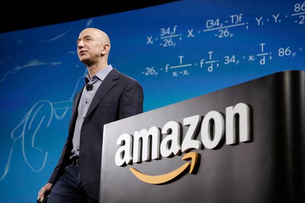Главу Amazon просят отказаться от продажи софта правоохранительным органам США
