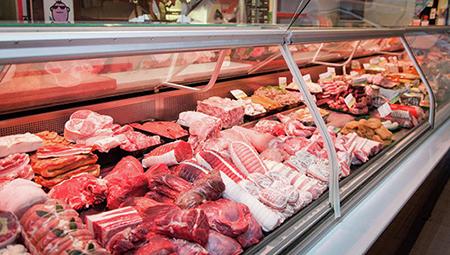 На рынке в Твери продавали мясо без ветеринарных документов