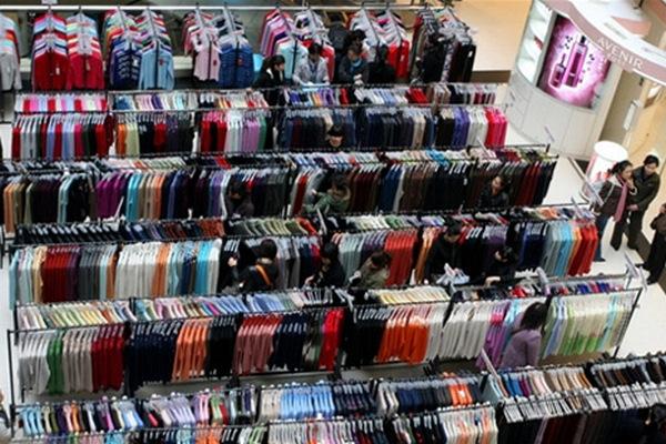 6a26b818b4ad Рост российского рынка одежды в 2018 году не превысит 5% - New Retail