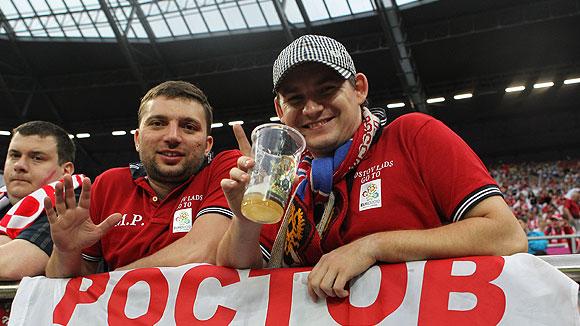 Сенатор Беляков: необходимо разрешить рекламу пива на стадионах только компаниям, имеющим контракт с FIFA