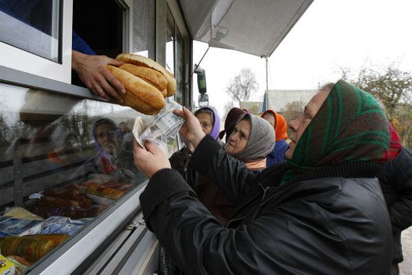 В Москве вновь появятся автолавки с мясом, молоком и хлебом