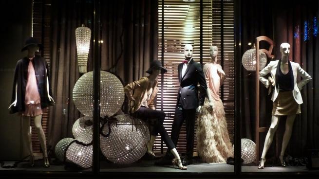 Главное в ритейле за неделю: замедление роста владельца Zara и продажа Accessorize