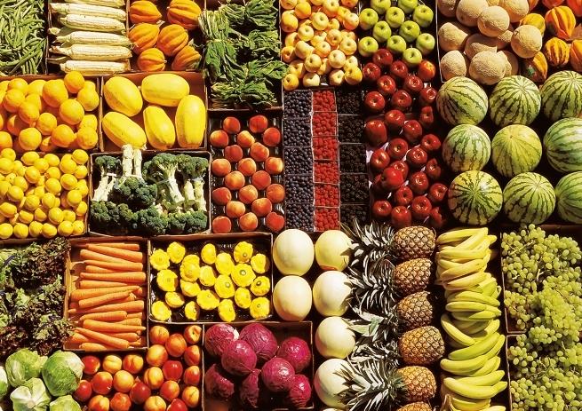 Цены на овощи и фрукты в России снизились на 1,5%