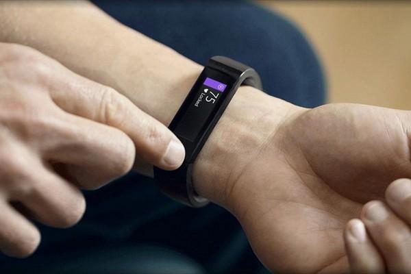 Спрос на умные часы и трекеры в России вырос вдвое в первом квартале года