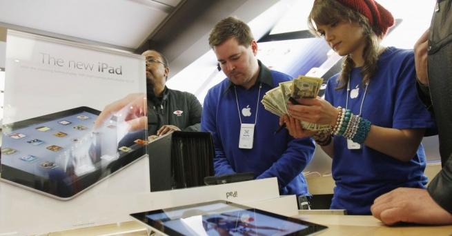 Казусы в ритейле: Apple заплатит за невозможность карьерного роста, а Ху и Чены захватывают Италию
