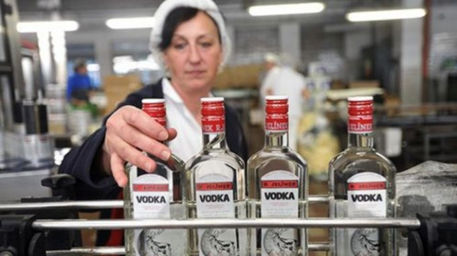 Группировка напитков по количеству примесей