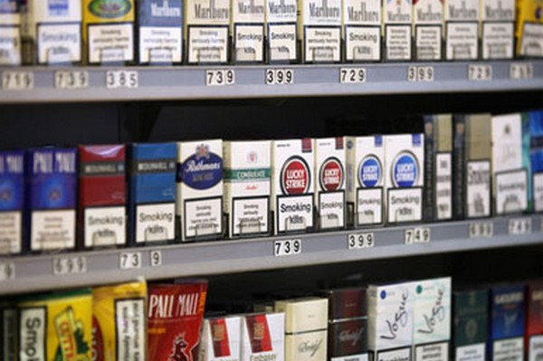 Часть табачных компаний просит отложить нововведение на год