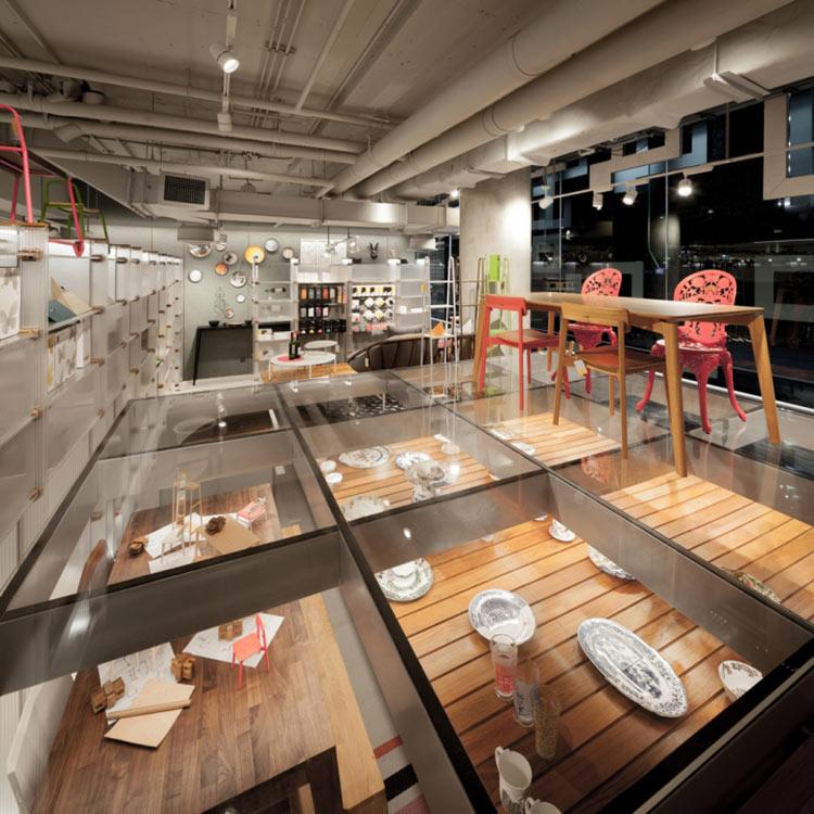 Самые стильные магазины недели: прозрачность, цвет и фантазии