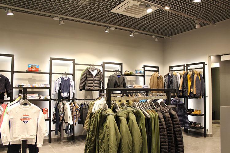 Самые стильные магазины: милитари и российские мотивы