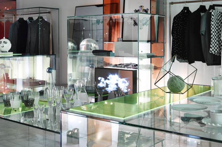 ARTIFACTS-store-at-Breeze-Center-by-MW-Design-Taipei-Taiwan-04.jpg