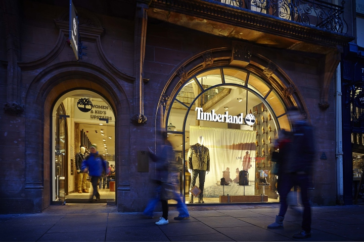 Timberland-flagship-store-by-Green-Room-Glasgow-UK-02.jpg