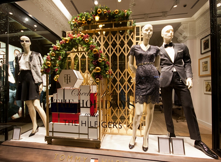 Tommy-Hilfiger-Windows-2015-Winter-Vienna-Austria-01.jpg