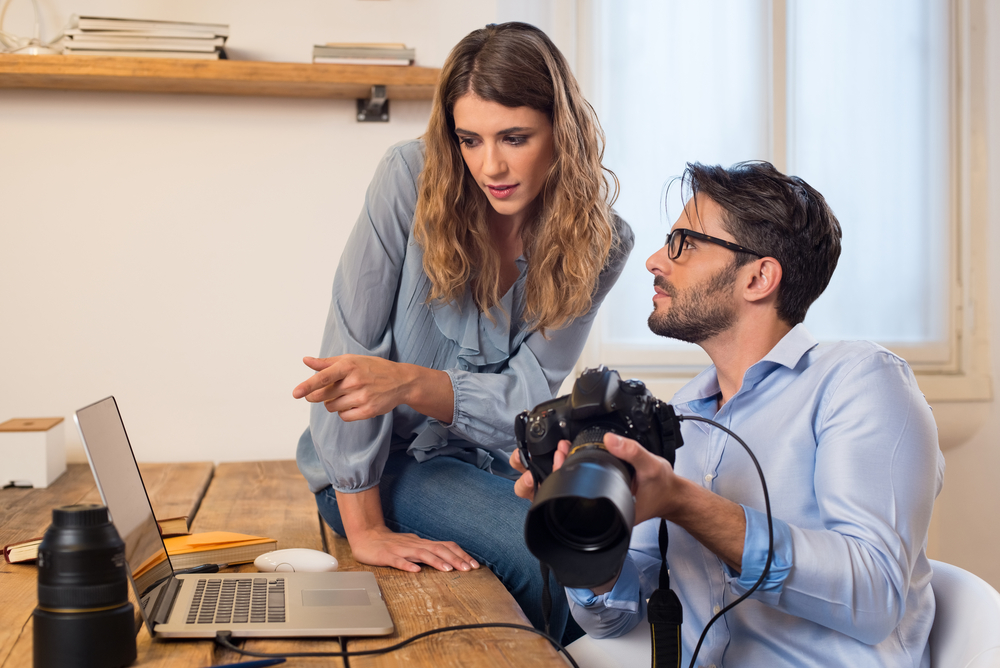 помощник фотографа выходные вакансии бесплатные