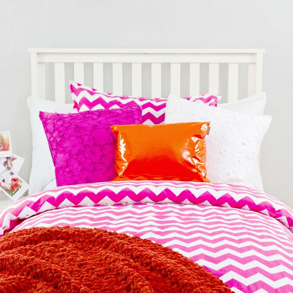 dormify_collection_color_blocked_babe_full_1.jpg