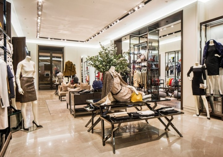 Burberry-flagship-store-Shanghai-China-02.jpg