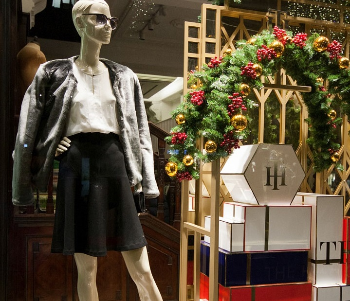 Tommy-Hilfiger-Windows-2015-Winter-Vienna-Austria-03.jpg