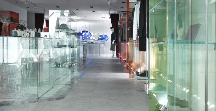 ARTIFACTS-store-at-Breeze-Center-by-MW-Design-Taipei-Taiwan-05.jpg